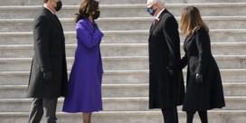 Mike Pence applaudisseert voor Biden tijdens eedaflegging