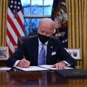 Blog VS | Biden ondertekent klimaatakkoord van Parijs, nog 16 andere 'gedurfde' decreten getekend