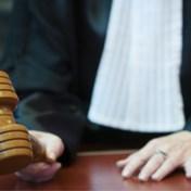 Politierechter noemt mondmaskerplicht ongrondwettelijk in opmerkelijke uitspraak, maar parket gaat nu in beroep