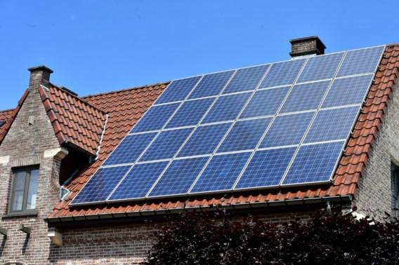 Vreg zet regeling voor zonnepanelen op de helling