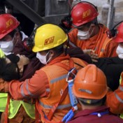 Mijnwerkers na veertien dagen gered uit mijnschacht
