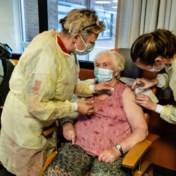 65-plussers moeten nog even wachten op vaccinatie