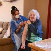Hoe werkzaam is vaccin AstraZeneca bij senioren echt?