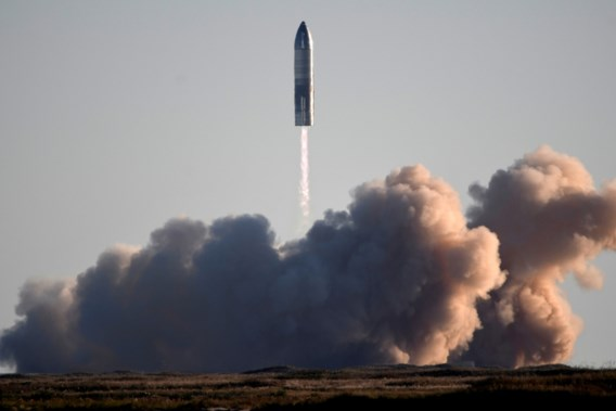 SpaceX wil dit jaar nog burgers de ruimte in sturen