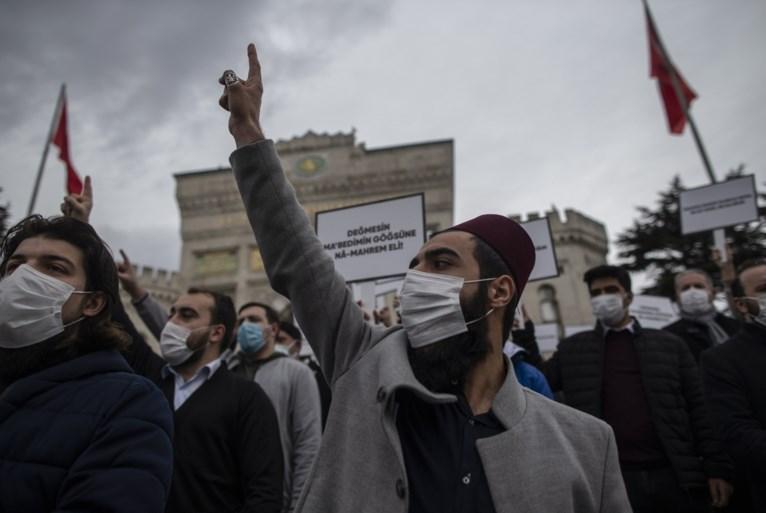 Arrestaties bij studentenprotesten in Istanbul