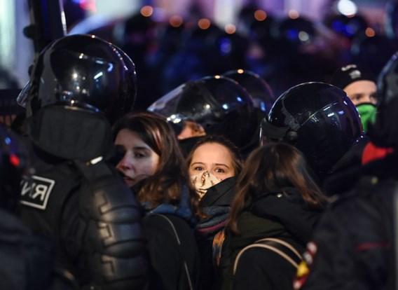 Russische politie pakt 1.400 steunbetuigers Navalni op