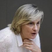 Bijna half miljoen langdurig zieken, maar Vlaamse re-integratietrajecten raken niet ingevuld