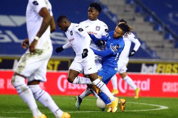 Anderlecht doet gouden zaak met verdiende zege in Genk en wipt naar vierde plek