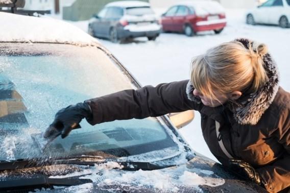 Tips | Het vriest de hele week: wat u zeker (niet) moet doen met uw auto