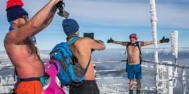 Halfnaakt bergwandelen, een Poolse coronarage