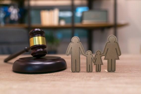 Nederland schort interlandelijke adoptie met onmiddellijke ingang op