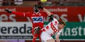 Standard bekert voort na lastige voetbalavond en thriller in Kortrijk