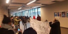 Sans-papiers bezetten nu ook universiteitsgebouw ULB