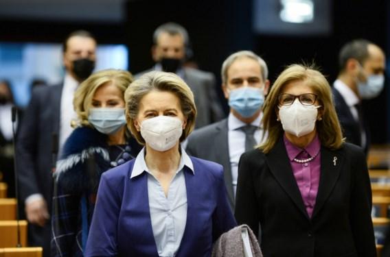 Pro-Europese fracties sparen Von der Leyen in vaccinatiedebat