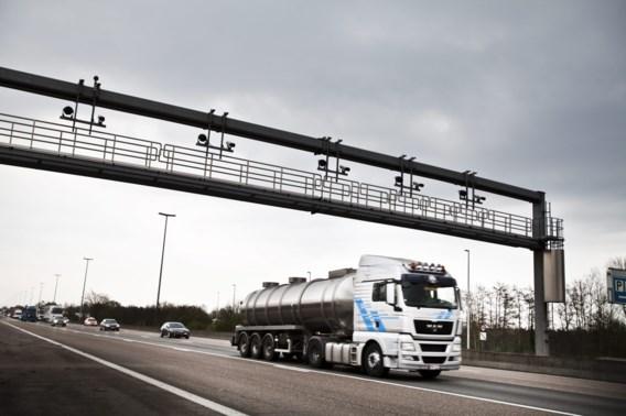 Drie mannen opgepakt in onderzoek mishandelde Belg achtergelaten op Franse autosnelweg