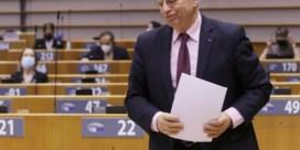 De gehavende ballen van de EU