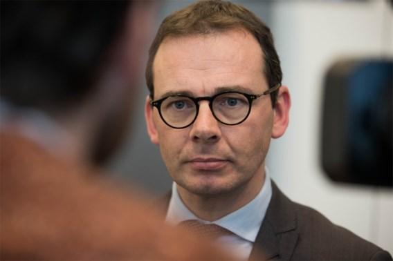'Volgende week 10.000 prikken in vaccinatiecentra'
