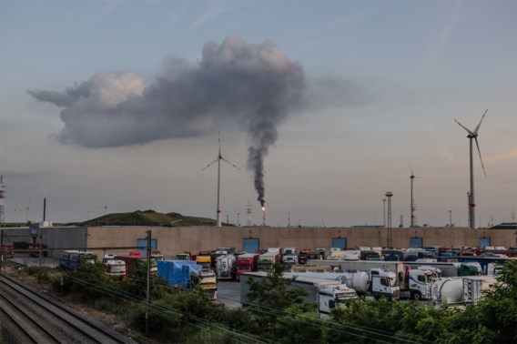 Ook de regering beseft dat een koolstoftaks een optie is