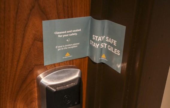 Verenigd Koninkrijk start met quarantainehotels: wie regels omzeilt, krijgt boete van duizenden euro's