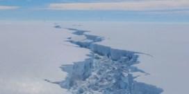 Wetenschappers ontdekken per toeval leven onder ijslaag van 900 meter