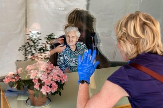 Vanaf maandag sneltests voor bezoekers in woonzorgcentra