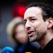 Willem Engel, de knuffelgoeroe voor wie mondmaskers muilkorven zijn