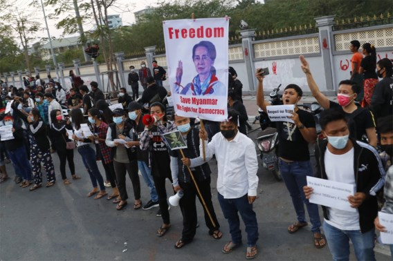 Leger dreigt in te grijpen tegen actievoerders in Myanmar