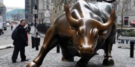 Beeldhouwer overleden die zonder toestemming stierenbeeld op Wall Street plaatste