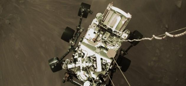 Perseverance deelt eerste selfie vanop Mars