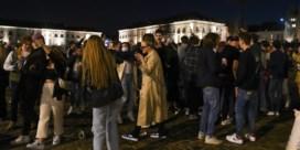 Mooi weer laat parken en pleinen volstromen: burgemeesters moeten ingrijpen