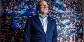 Club Brugge-voorzitter Bart Verhaeghe spreekt spelers van Olsa Brakel toe na bekerwedstrijd: 'Respect!'