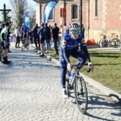 Ook revaliderende Evenepoel verkent parcours Omloop Het Nieuwsblad: 'Kasseien bergop vallen mee'