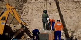 Het laatste standbeeld van Franco is weg uit Spanje