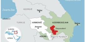 Frontale botsing tussen leger en premier in Armenië