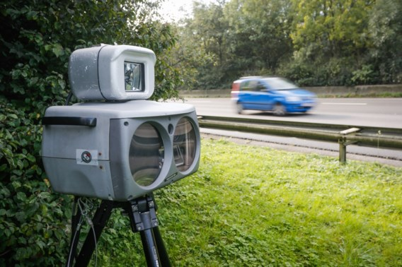 Bijna één op tien wagens geflitst tijdens grote controleactie in Oost-Vlaanderen