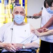 Na de ziekenhuisopnames dalen nu ook covid-doden uit woonzorgcentra