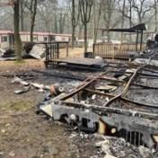 Drie chalets in vakantiepark Hengelhoef volledig uitgebrand