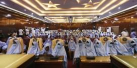 Honderden ontvoerde schoolmeisjes vrijgelaten in Nigeria