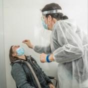 Besmettingen en ziekenhuisopnames blijven stijgen