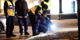 Acht mensen verwond met bijl in Zweden bij mogelijke terreurdaad, dader neergeschoten