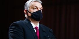 Opgelucht en triest na vertrek Orban