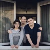 Chronisch ziek gezin al jaar thuis: 'Ik zou zo graag eens naar de bakker gaan'