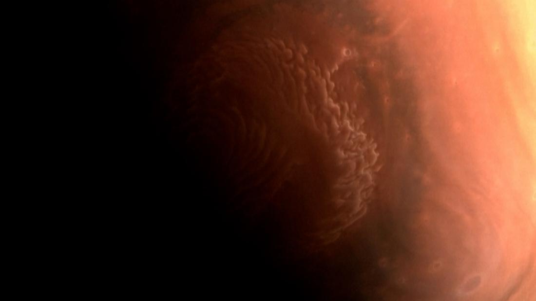 China deelt spectaculaire foto's van Mars - De Standaard