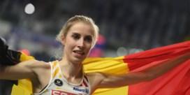 Elise Vanderelst snelt naar goud op 1.500 meter