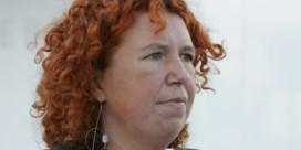 Onderzoeksrechter Serlippens moet zelf beslissen of ze aanblijft in onderzoek tegen Schild en Vrienden