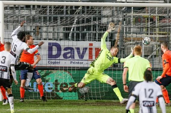 Charleroi onderbreekt zegereeks Club Brugge