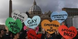 Ik voel plaatsvervangende schaamte '''voor mijn Kerk