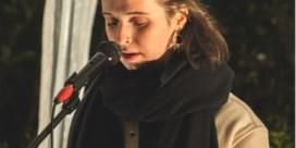Aurelie (23) heeft stotterprobleem en wordt Manon: 'Omdat ik mijn eigen naam niet kon uitspreken'