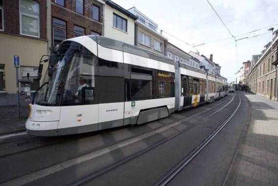 Vlaamse regering keurt gegarandeerde dienstverlening bij De Lijn goed
