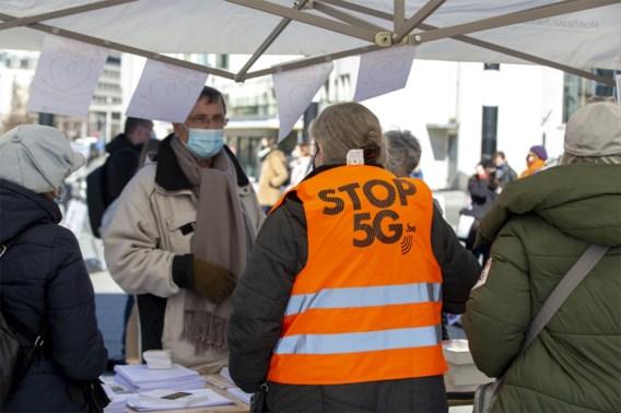 Zeventigtal mensen betoogt in Brussel tegen uitrol 5G-netwerk